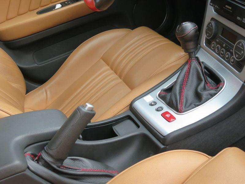 画像1: TEZZO バレルンガ シフトブーツ for Alfa159 (1)