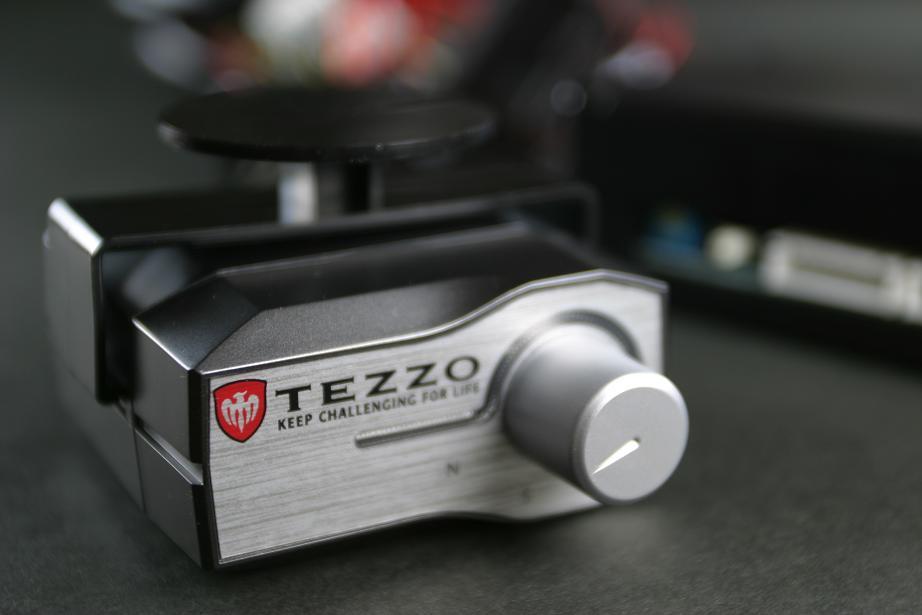 画像1: 【開発中】TEZZOスロットルコントローラー for アルファロメオジュリア ジュリア/スーパー/ヴェローチェ/クアドリフォリオ《18.01.15更新》 (1)